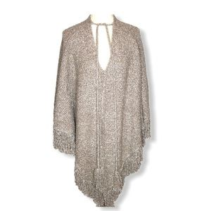 Do Everything in Love Marled Fringed Poncho One Sz